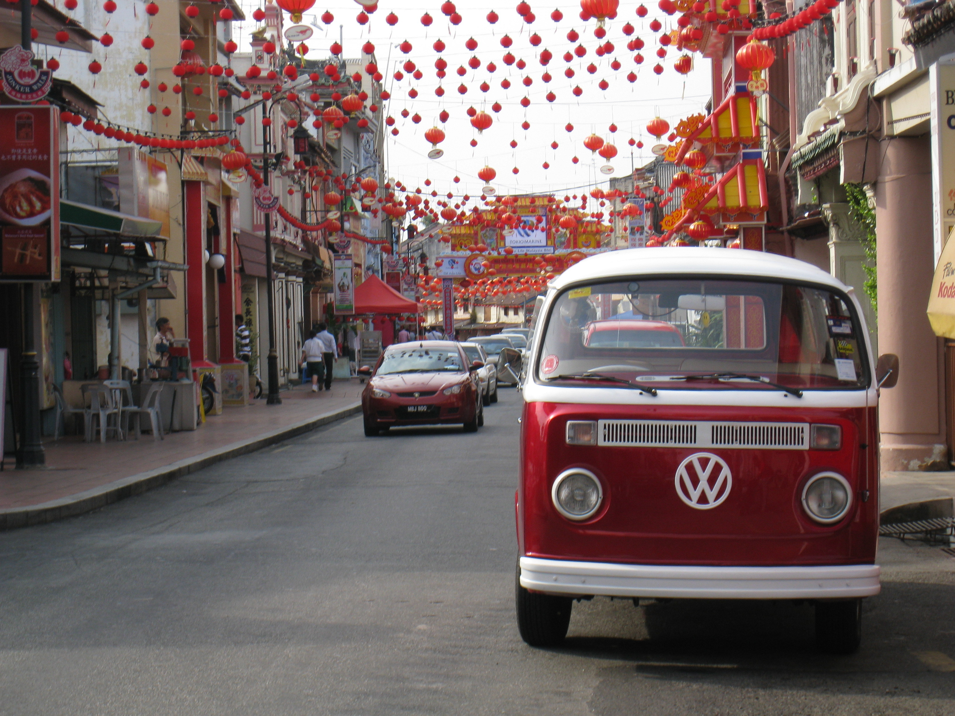 luxury classic cars vw bus in malaysia chinatown. Black Bedroom Furniture Sets. Home Design Ideas